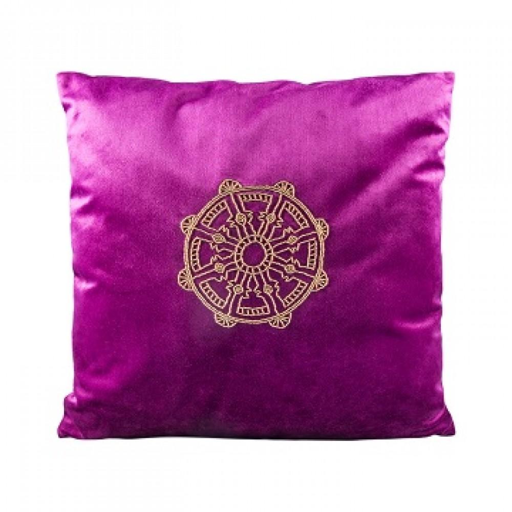 Подушка малиновая со знаком колесо фортуны (биссер)